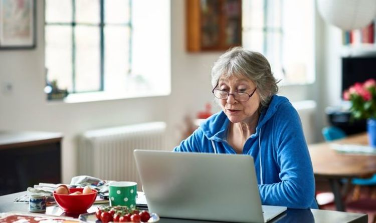State pension Christmas bonus: What you have to do to get the boost in December 2021