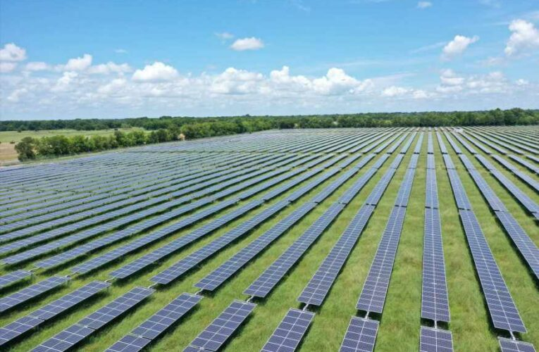 Solar ETF sees best day since June, but one trader says it needs to break a key level to keep rallying